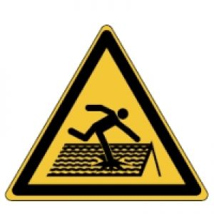 ISO 7010 signs - Fragile roof